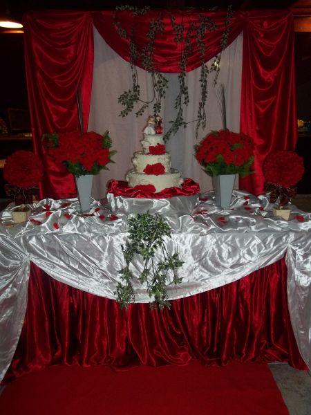 decoração de casamento salão vermelho com branco r $ 400 00 10 de r